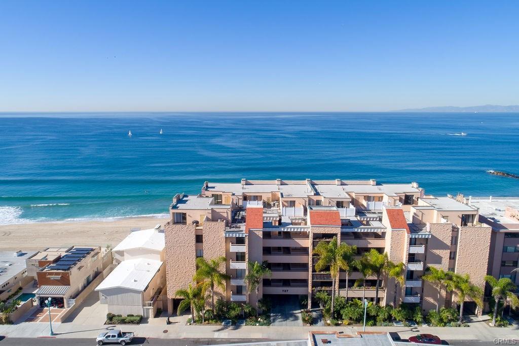 727 Esplanade Riviera Shores